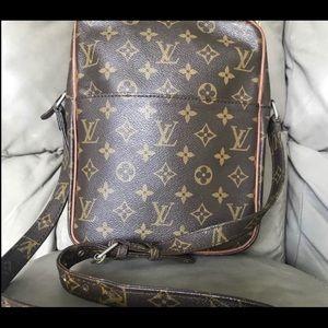 Louis Vuitton Marceau Shoulder Bag 💼